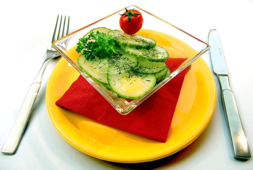 3 idei de salate de toamna delicioase