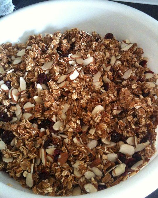 Granola pentru mic dejun