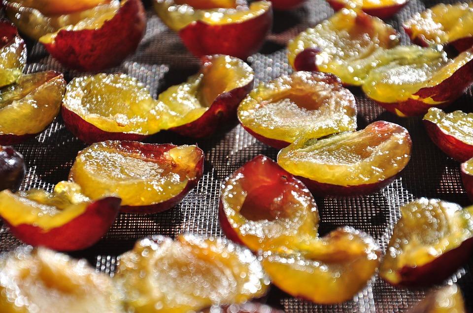 Prajitura simpla cu prune