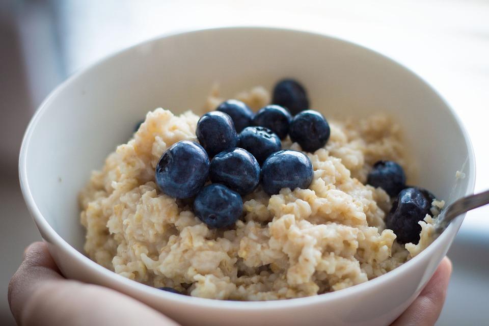 Mic dejun de post – terci de ovaz cu lapte vegetal