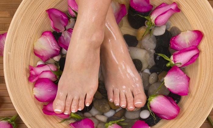 Stiati ca ne putem detoxifia corpul prin intermediul picioarelor?