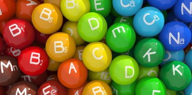 Deficitul de vitamine – 7 semne care se pot vedea pe fata