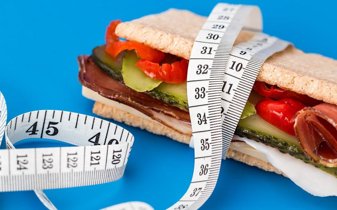 Cate calorii trebuie sa mancam pe zi?