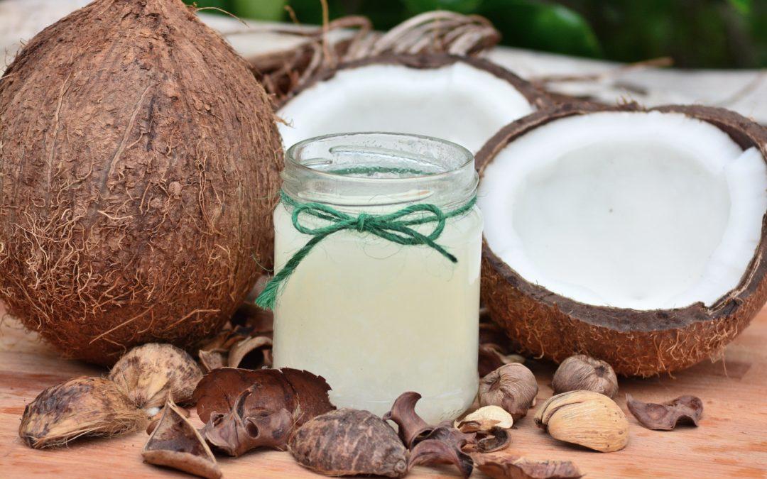 Uleiul de cocos te poate intineri daca il folosesti cum trebuie